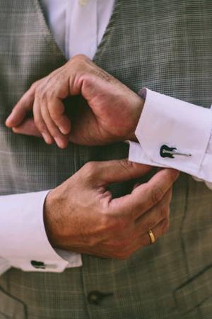 cufflinks-groom