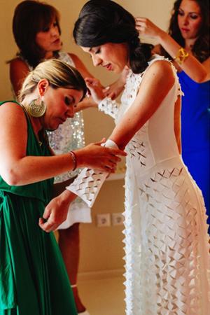 modern-wedding-dresses-dramountani