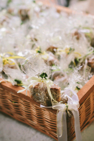 traditional-wedding-favors-greece