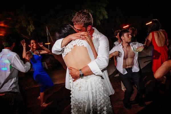 wedding-party-sea