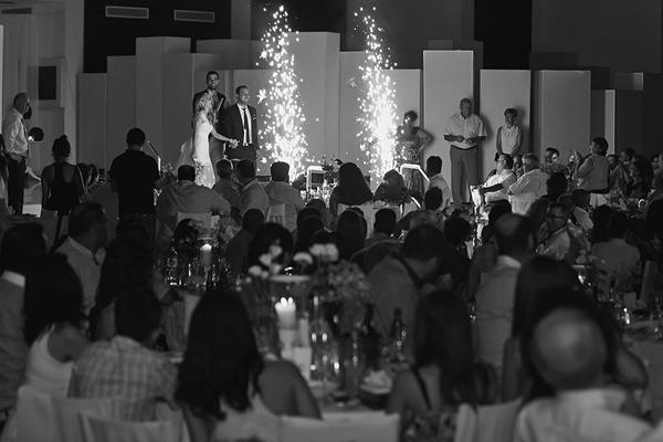 wedding-reception-arrival