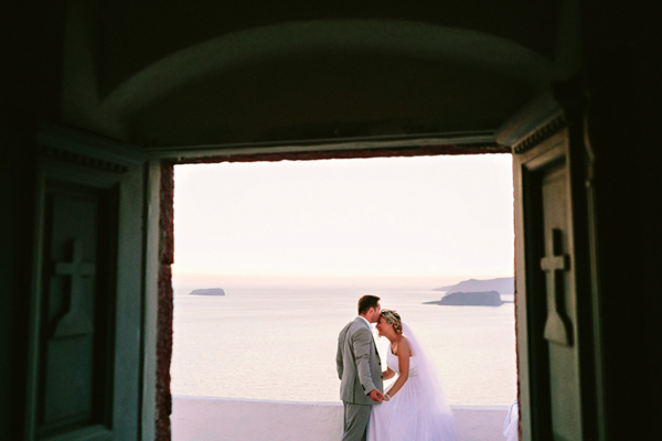 destination-wedding-santorini-greece