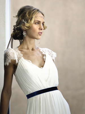 modern-wedding-dress-belt