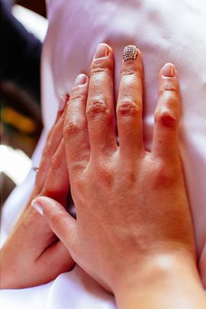 bridal-nails-stylish-ideas
