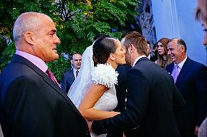 bride-walk-church-father