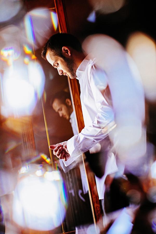 groom-preparation-photography