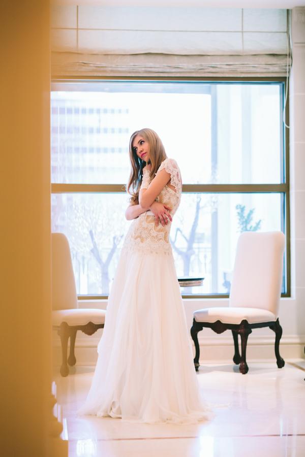 wedding-dress-lace-kyriakides