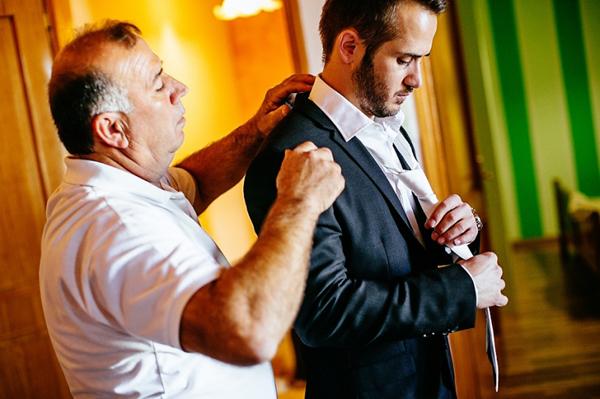 wedding-preparation-groom
