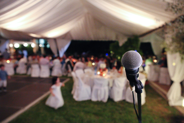 modern-weddings-singing
