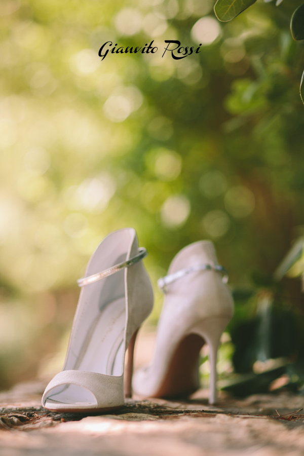 silver-wedding-shoes-gianvito-rossi