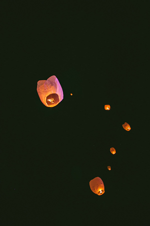 sky-laterns-wishing-lamps