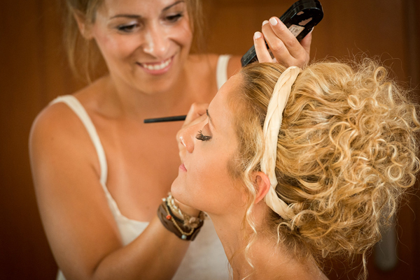 beach-wedding-makeup-1