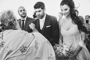 destination-wedding-santorini-real-weddings