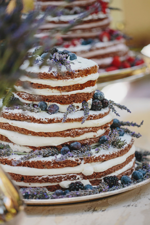 naked-cakes-wedding