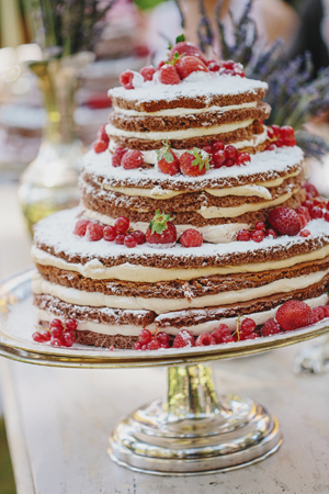 naked-wedding-cakes
