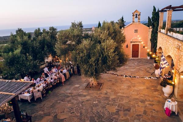 outdoor-wedding-venues-crete