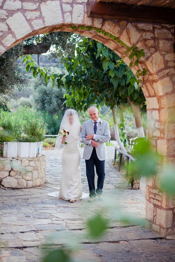 rustic-farm-wedding-dress