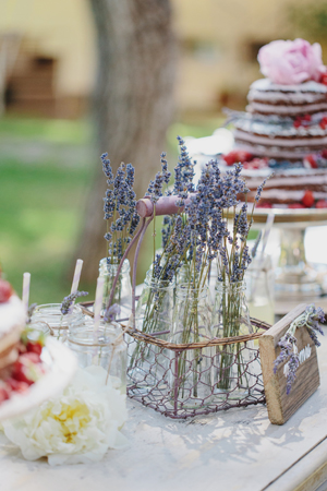 rustic-wedding-centerpieces-2