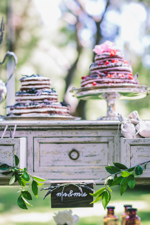 wedding-decorations-rustic-themed
