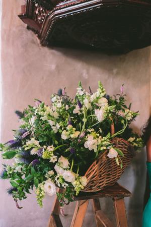 anemones-wedding-decorations