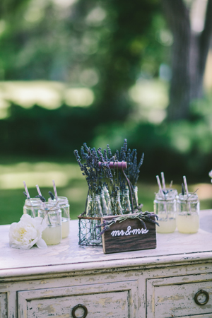 rustic-wedding-ideas-lavender