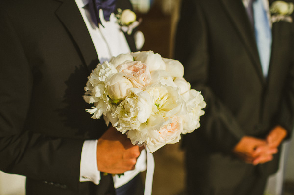 white-peonies-bridal-bouquetes
