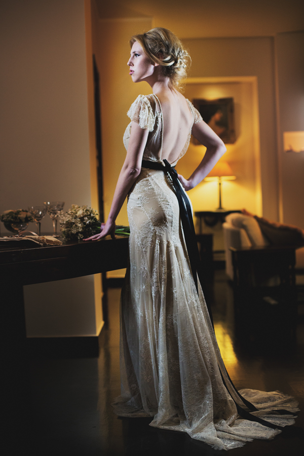 backless-wedding-dresses-lace