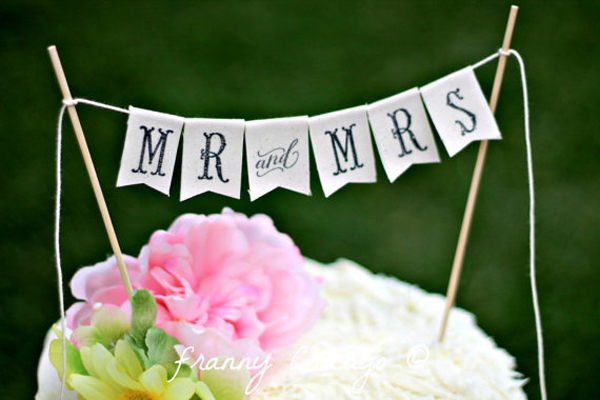 cake-toppers-rustic