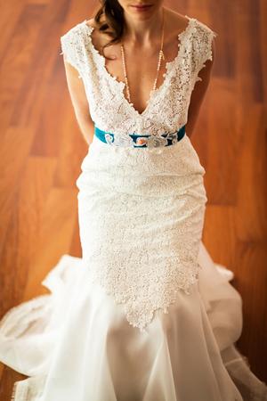 romantic-wedding-dresses-belt-delatola