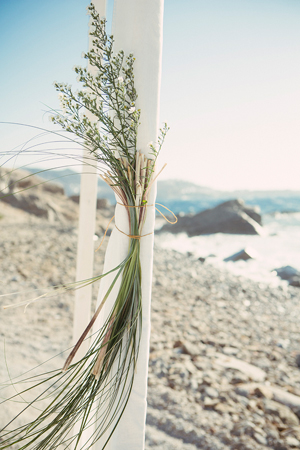 wedding-decorations-beach-ceremony