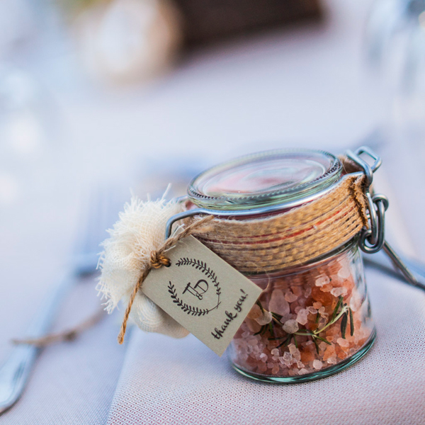 fragrant-herbs -wedding-favors