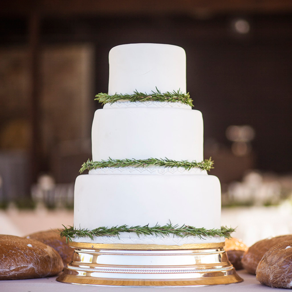 wedding-cake-herbs