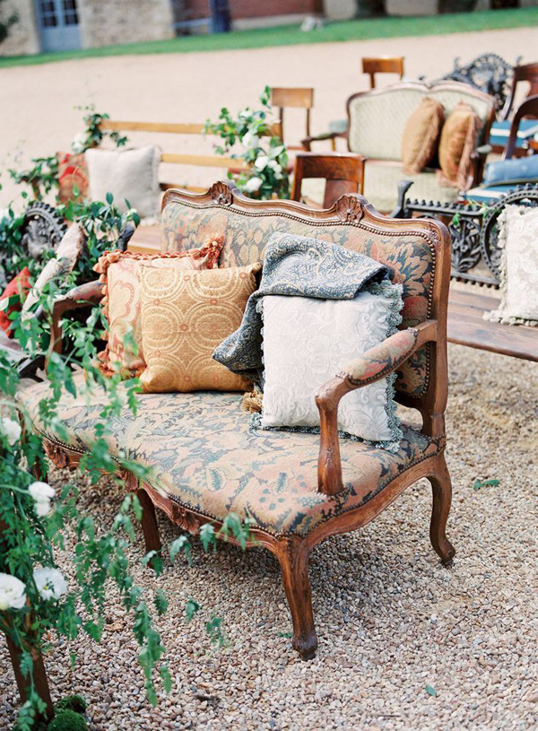wedding-ceremony-ideas-mismatched-chairs