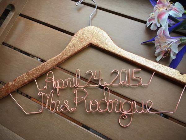 bridal-hanger-glitter