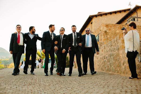 groom-attire-summer-wedding