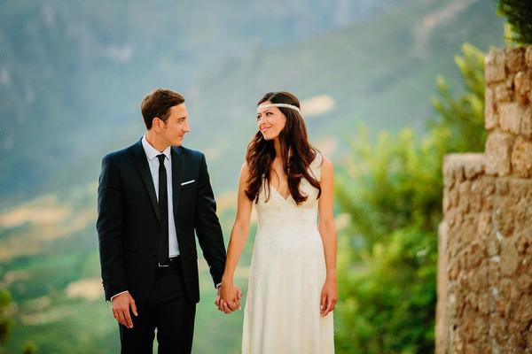 lace-wedding-dress-celia-dragouni