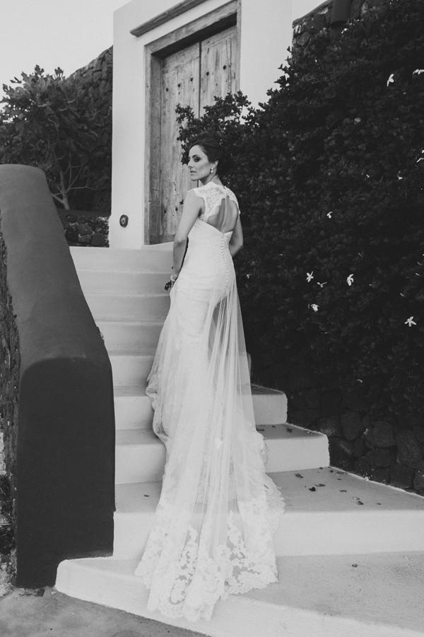 wedding-dress-cap-sleeves
