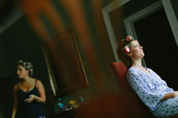 intimate-wedding-bride-preparation