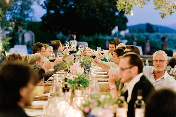 countryside-wedding-dinner