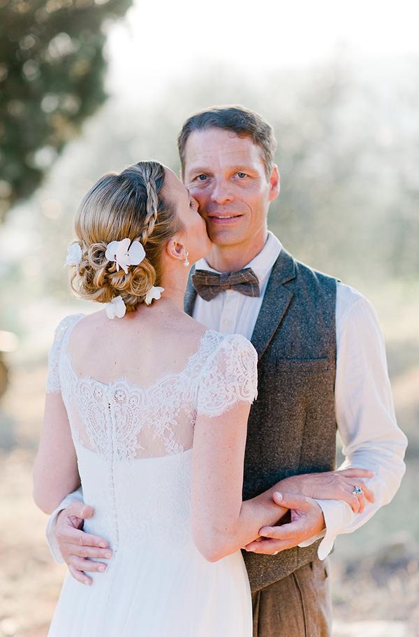 romantic-short-sleeved-A-line-wedding-dress