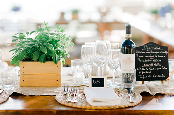 rustic-countryside-wedding-decorations