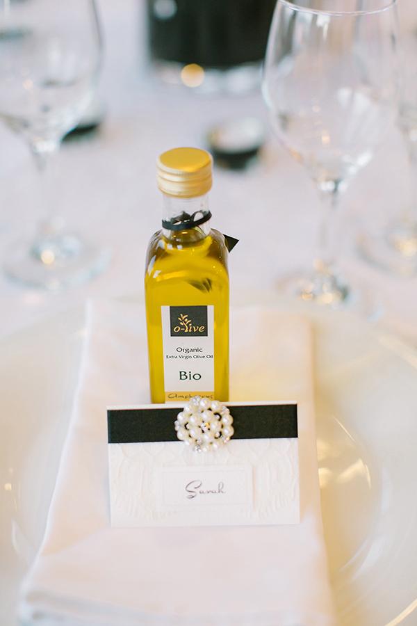 santorini-weddings-favors