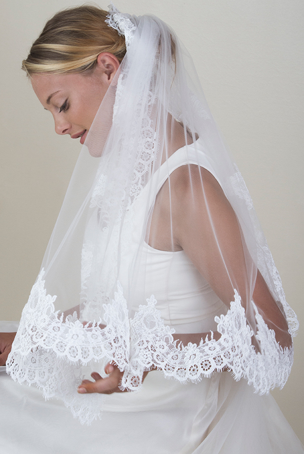 How to choose accessories for your wedding dress