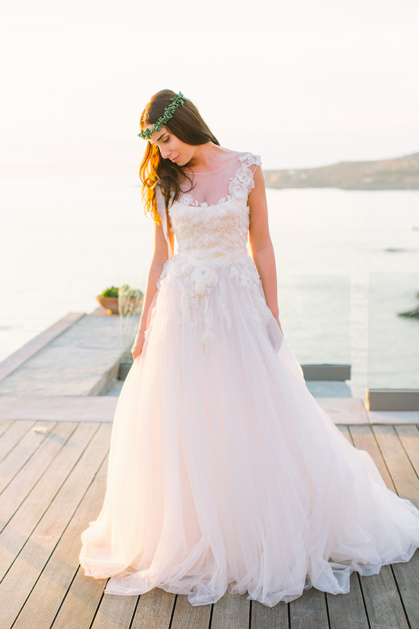 romantic-lace-wedding-dress