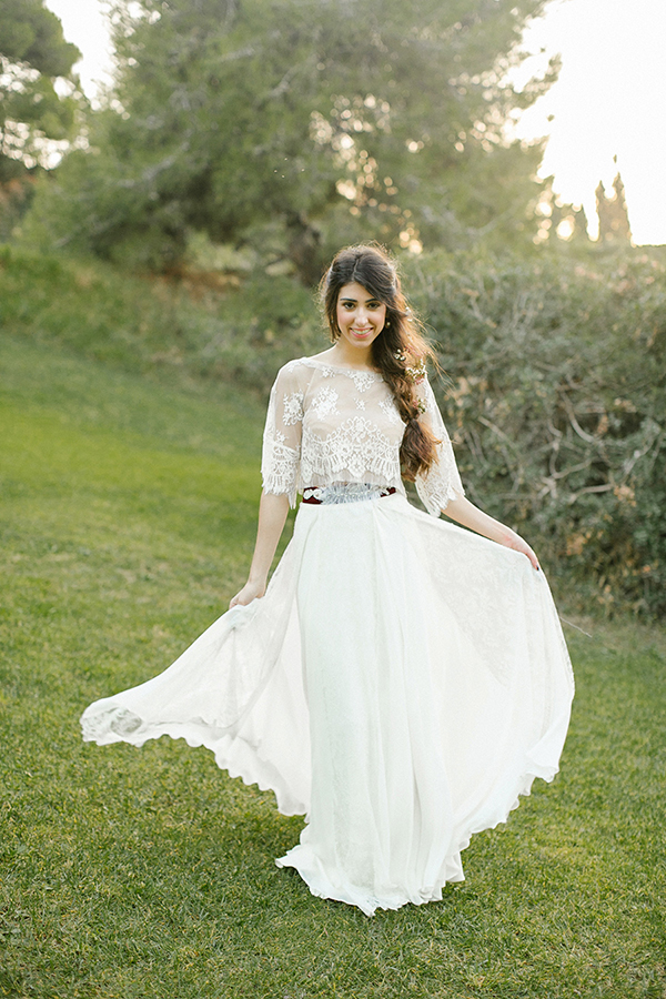 bohemian-lace-wedding-dresses