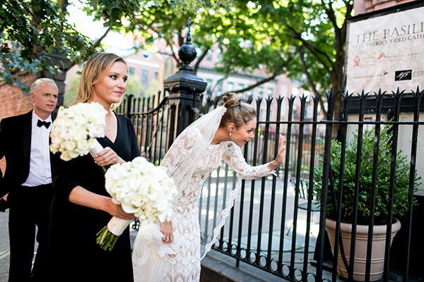sleeve-lace-wedding-gowns-victoria-kyriakides