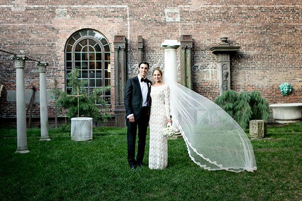 sleeve-wedding-gowns-victoria-kyriakides