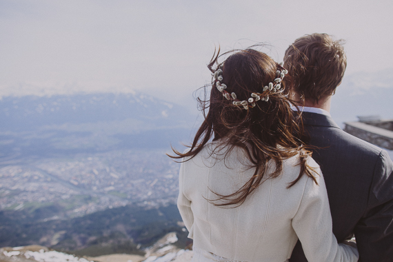 snowy-wedding-photos-alps-10