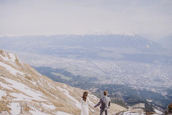 snowy-wedding-photos-alps-11