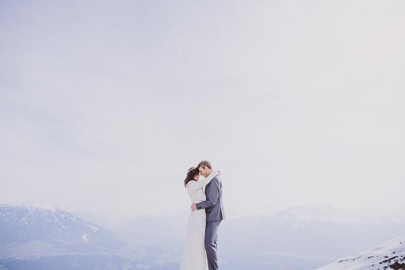 snowy-wedding-photos-alps-16